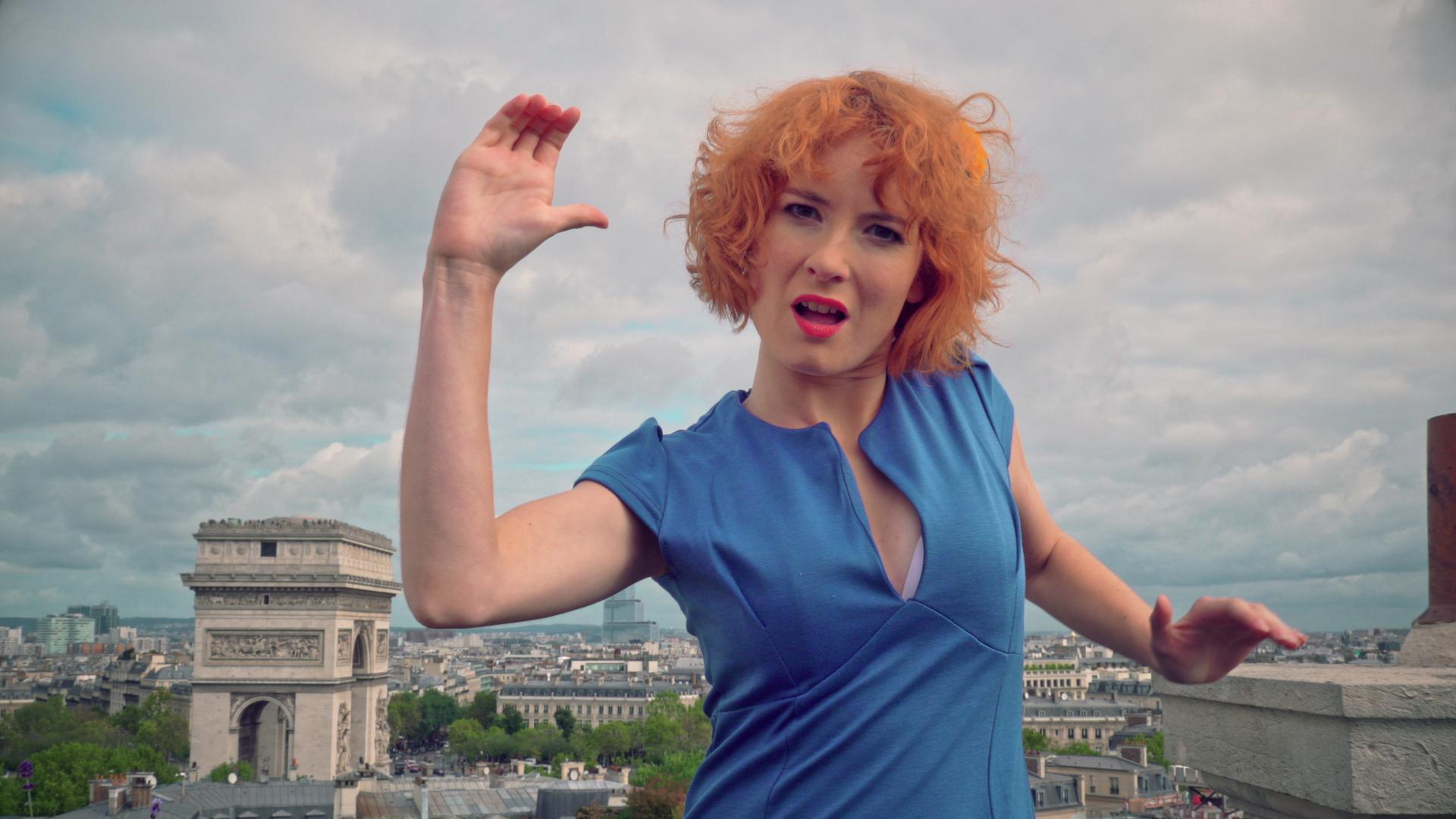 Différents, Et Alors ! 2019 Clémence Colin – La Grenade – Clara Luciani